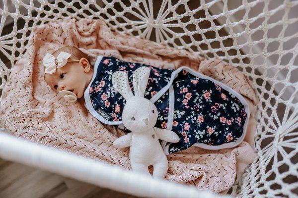 Couverture d'emmaillotage pour nouveau-né MiMi floral